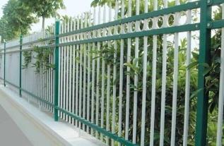 河南护栏厂家带你了解锌钢护栏的几大价值