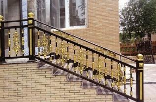 新乡铝艺楼梯扶手